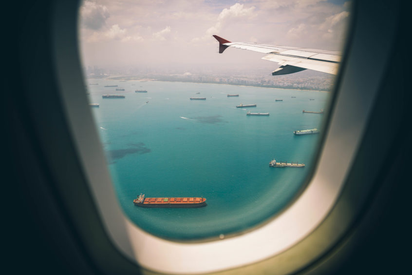 Ocean Freight & Air Freight: 5 Factors to Think About